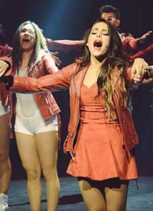 Danna Paola on stage in Hoy No Me Puedo Levantar