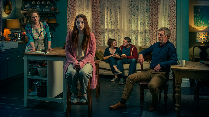 Thirteen explores how central character Ivy attempts to restart her life