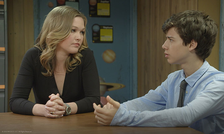 Blue sees Julia Stiles as a call girl trying to keep her job secret from her loved ones