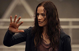 Van Helsing has been given a second season